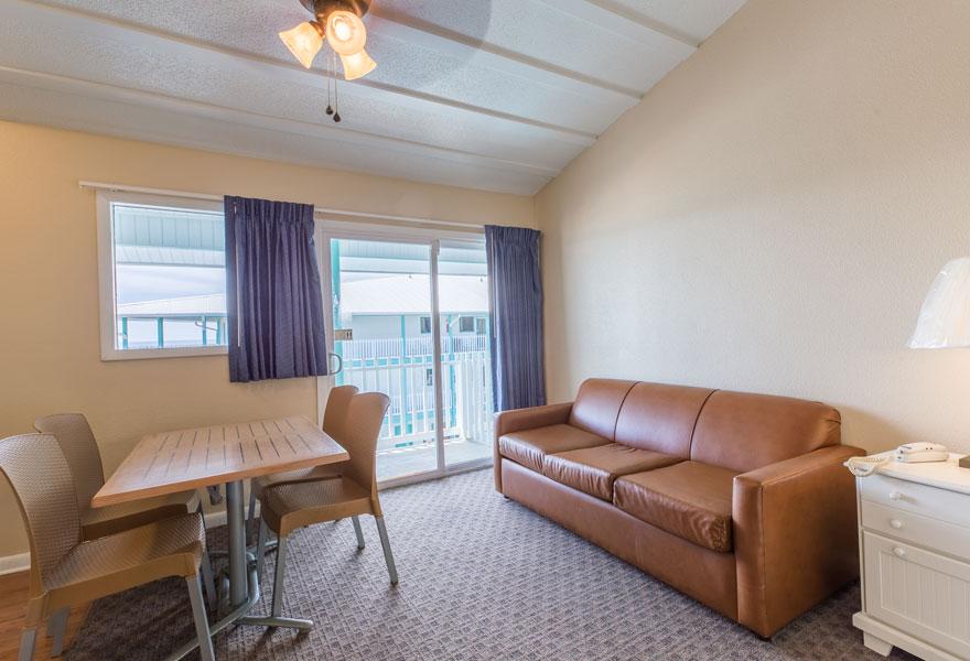 Three room suite 3