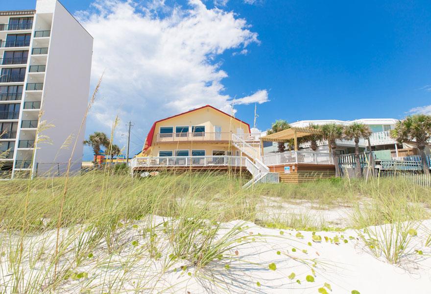 Beach House Rentals 16