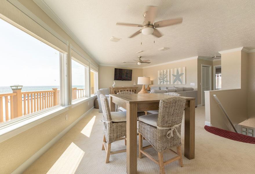 Beach House Rentals 17